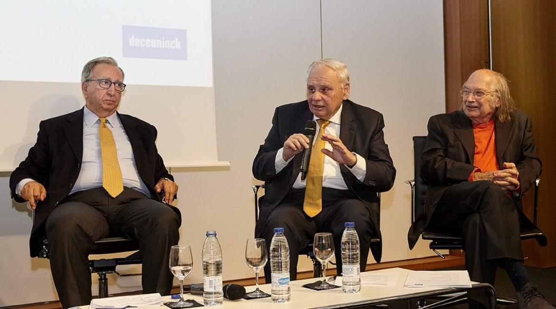 Alfonso Corz durante en la presentación del estudio Contaminación ambiental y acústica en los hogares españoles